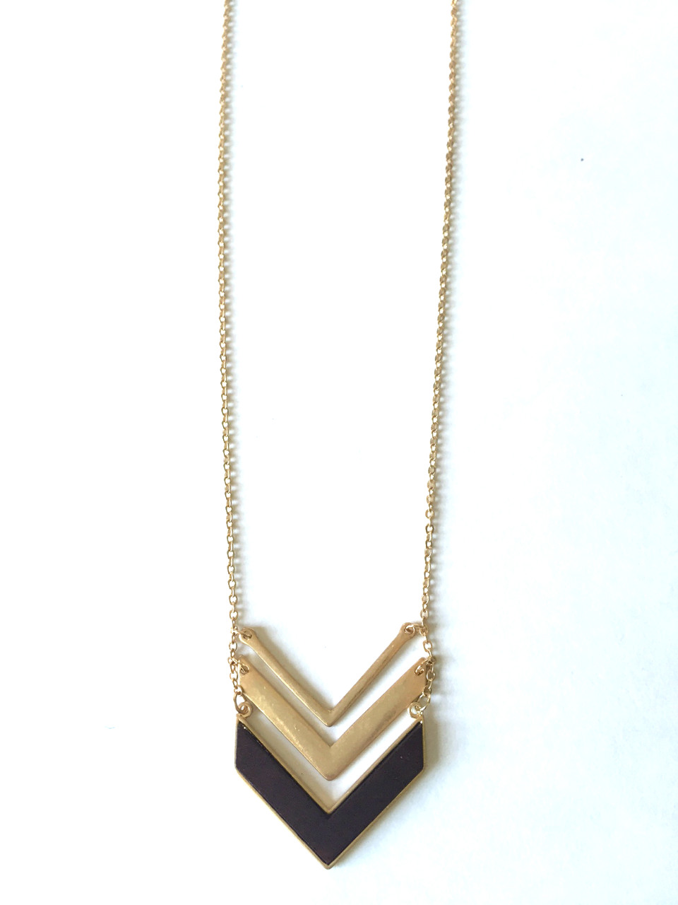 wood layered chevron pendant necklace