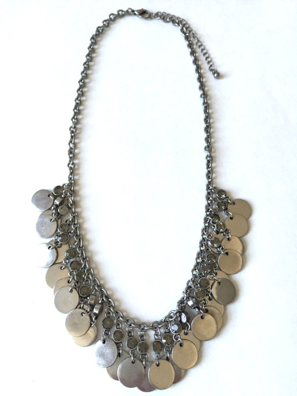 Disc Stmt Necklace_960x1280