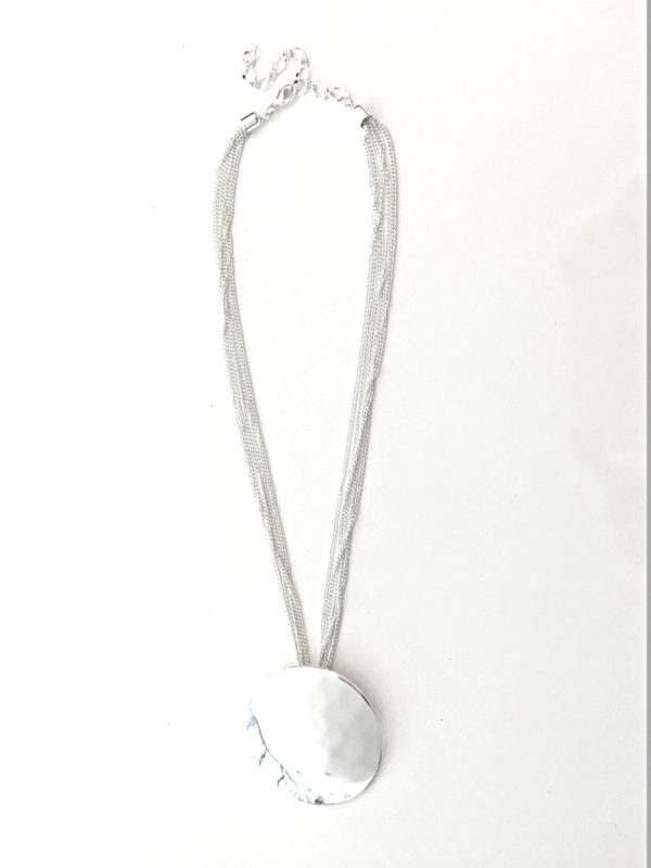 Silver Disc necklace_960x1280